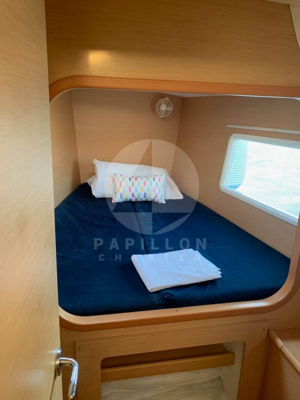 cabina proa catamaran lagoon 380