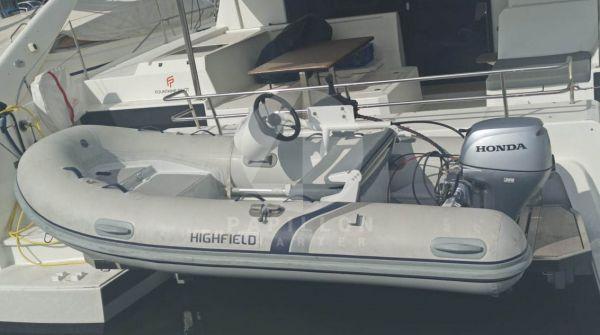 dinghy zodiac catamaran de alquiler en ibiza